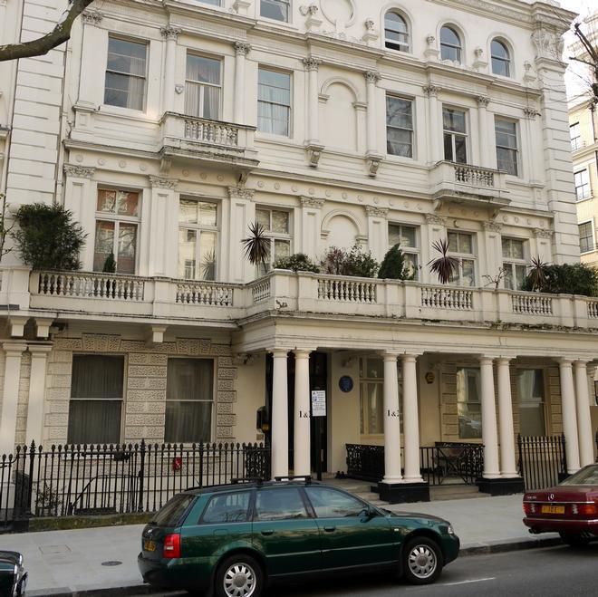Highgate House Room Service
