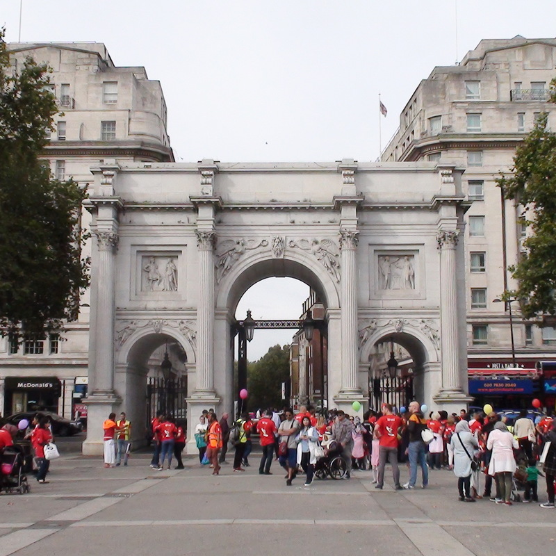 Marble Arch London Remembers Aiming To Capture All