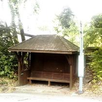 Strologo bus shelter