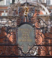 WW1 gates at BMA