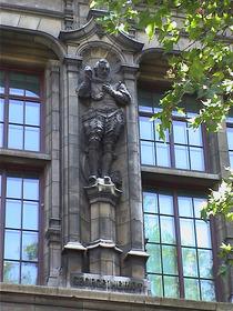 V&A façade - George Heriot