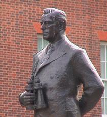 Mountbatten statue