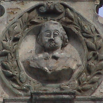 Earl Russell bust