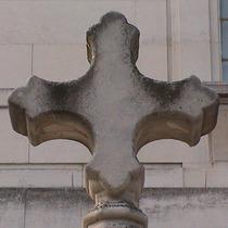 Hackney Town Hall Cross