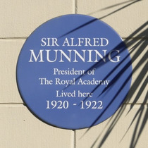 Sir Alfred Munnings - Glebe Place