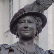 Queen Mother statue