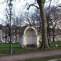 London Bridge alcoves in Victoria Park