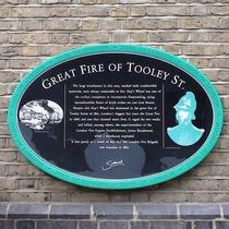 Great fire of Tooley Street