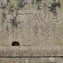 Octavia Hill seat