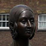Queen Victoria statue - Victoria Square