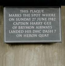 Heron Quays Station