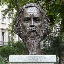 Rabindranath Tagore bust