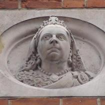 Queen Victoria - Mill Street