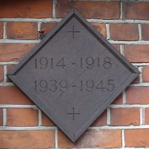 St Thomas a Becket church war memorial