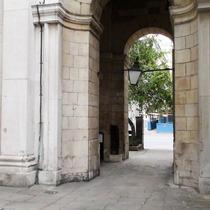 Roman wharf - Fish Street Hill