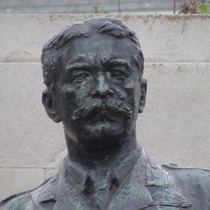 Kitchener statue