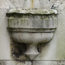 Passmore Edwards drinking fountain - SE1