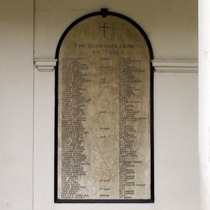 Holy Trinity - Clapham - WW1 names