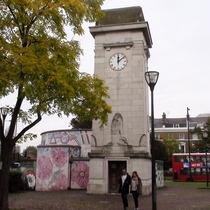 Stockwell war memorial + mural