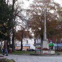 Barnet war memorial