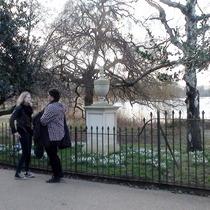 Queen Caroline memorial