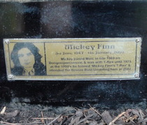 Marc Bolan shrine - plaque - Finn