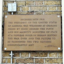 Charing Cross Station - US President
