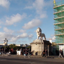 South Bank Lion & Jubilee walkway