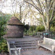 New River Path Canonbury gardens