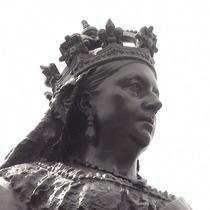 Queen Victoria statue - Blackfriars