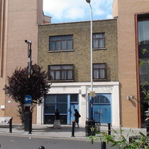 Grodzinski's bakery & Fieldgate Street Synagogue