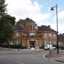 Isleden House