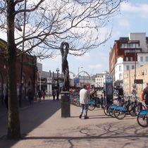 Whitechapel Threads sculpture