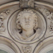 Keats House at Guy's - bust 4 - Astley Paston Cooper
