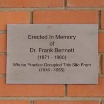 Dr Frank Bennett