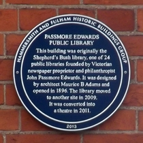 Shepherd's Bush Library - plaque