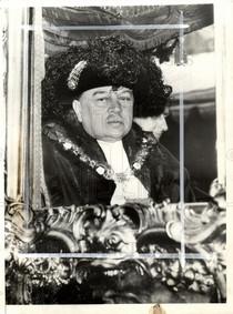 Sir Stephen Henry Molyneux Killik