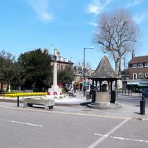 Charlton Village memorials