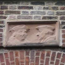 Cheyne Walk heads - More and Erasmus