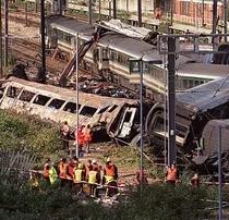 Ladbroke Grove rail disaster / Paddington rail crash