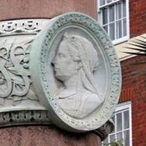 Victoria's column