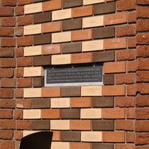 Sir Leonard Hutton - plaque