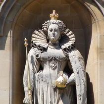 Elizabeth I statue - Harrow