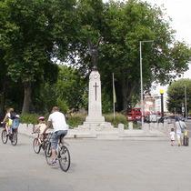 Tottenham Green war memorial