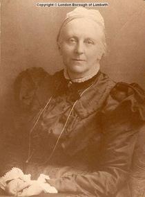 Caroline Martineau
