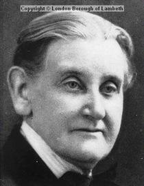 Dr Annie McCall
