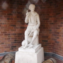 Whittington statue - Felbridge