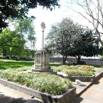 Croydon Minster war memorial - cross