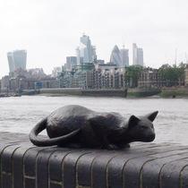 Salters' cat - SE16 statue