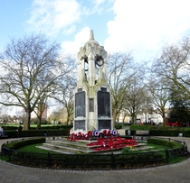 East Ham war memorial